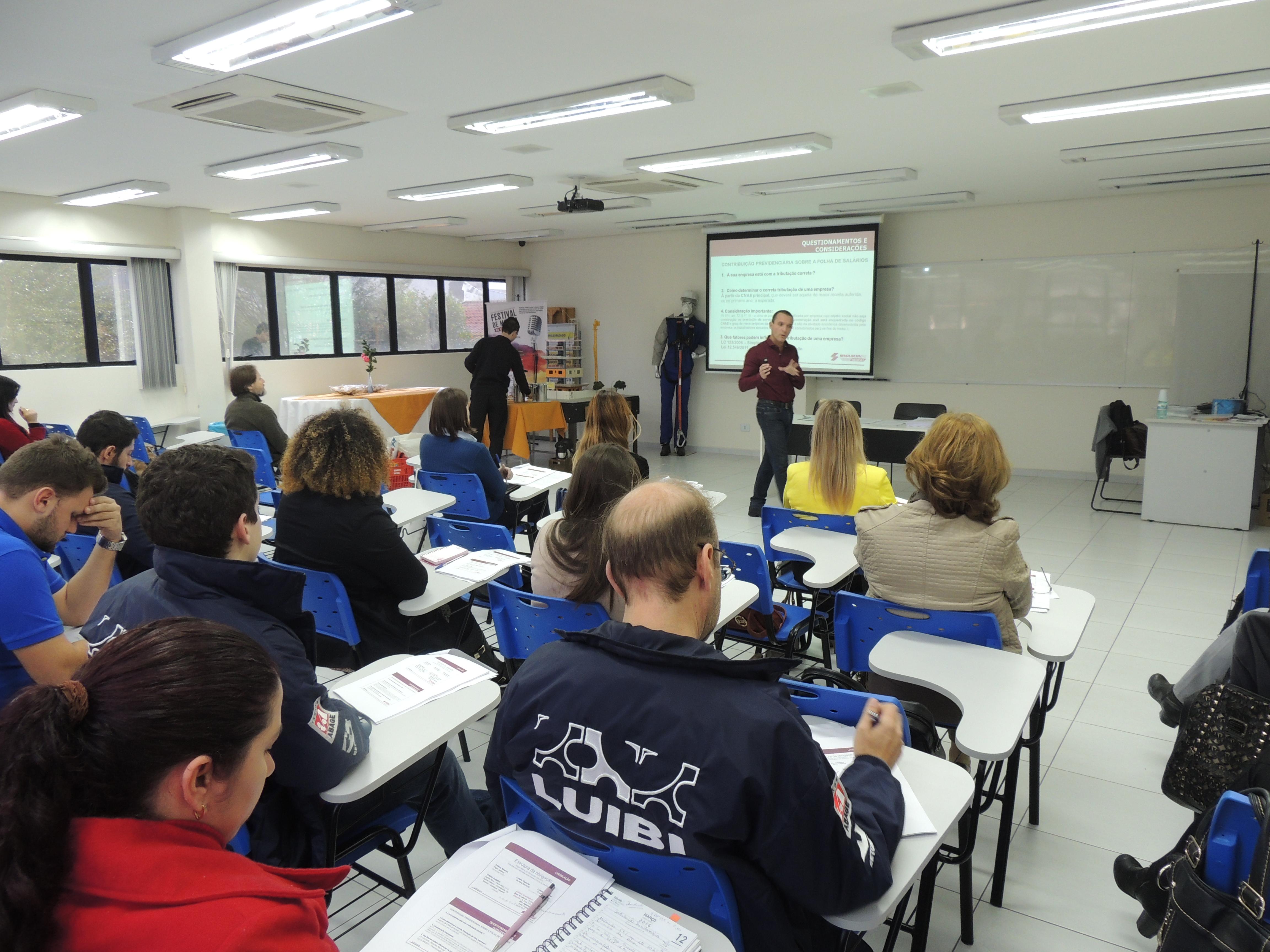 Contribuição Previdenciária é tema de curso no Sinduscon Paraná